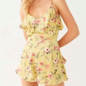 New Urban Outfitters Floral Romper Shorts XS